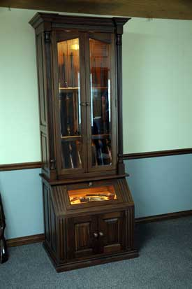 Walnut Gun Cabinet With Pistol Display